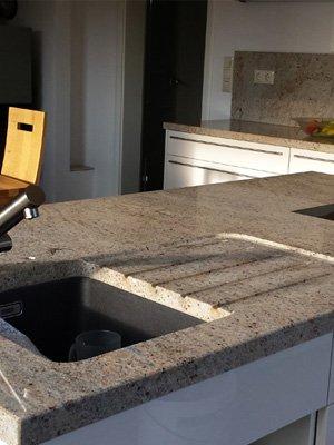 Küche Naturstein Arbeitsplatte
