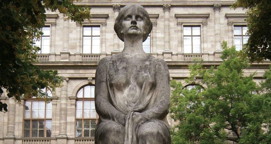 Marmor Statue vorher